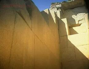 Кто построил египетские пирамиды ? - m_e_8.jpg