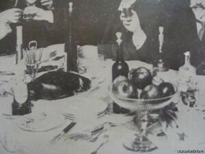 Бутылки и посуда на фото и в живописи - 8578549.jpg
