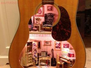 11 - dollhouse-guitar-1.jpg