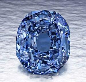 13 Самых дорогих бриллиантов - бриллиант Виттельсбах-Графф.jpg