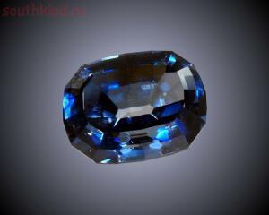 Самые дорогие драгоценные камни в мире - 11 Бенитоит фото.jpg