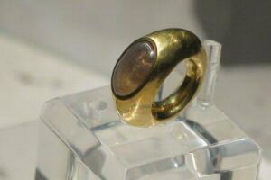 Кольцо скорбящей матери - D9YZO.jpg