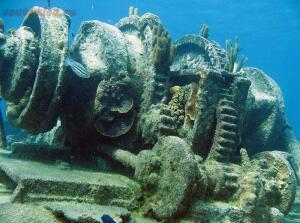 25 брошенных кораблей со всего мира - 11147.jpg