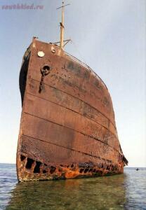 25 брошенных кораблей со всего мира - 2081-687x990.jpg