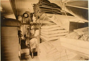 Вагон-лазарет, оборудованный на средства служащих и рабочих службы тяги Северо-Западной железной дороги 1914 год - 49097181053_617aec7260_o.jpg