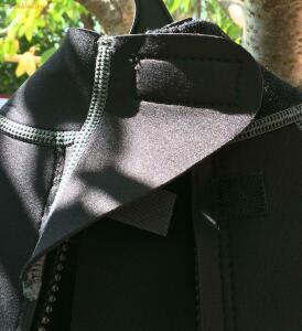 [Продам] Неопреновый костюмчег mauntain warehouse 2-3 мм - IMG_0841.JPG