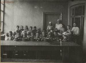 Дети Голодомора 1921-1922 гг. - 50595948013_3ef7a1af36_h.jpg