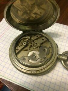 Помогите определить стоимость карманных часов - CMM6JF4P-uA.jpg