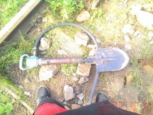 Какая лопата удобней. - lU_M8Z4wDd0.jpg