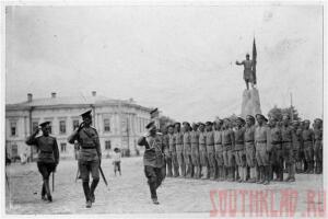 Смотр Казачьих Войск после взятия Новочеркасска в апреле 1918 Соборная площадь. - x_0178dbd4.jpg