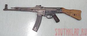 Отдел поиска в музее ОВК - 800px-Sturmgewehr_44.jpg