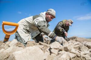 Клад серебряных монет,найден при строительстве дороги на Крым - arh_3.jpg