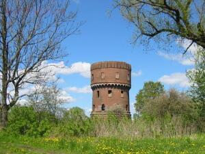 Башня на въезде в город. - 15366606.jpg