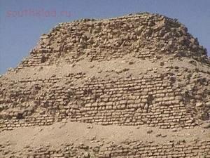 Кто построил египетские пирамиды ? - m_e_2.jpg