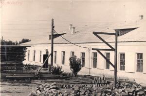 Старые фотографии поселок Глубокий - Здание школьных мастерских и спортзала школы № 1.jpg