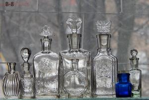 Царские бутылочки -8 шт до 19 03 в 22 00 - DSCN6872.JPG