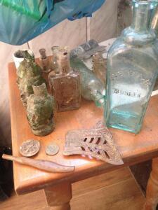Старинные бутылки: коллекционирование и поиск - image4 имя.JPG