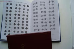 Книга Крымское ханство. Монеты Гиреев до 8 апреля 2017 г в 18 час.мск - DSC00829.JPG