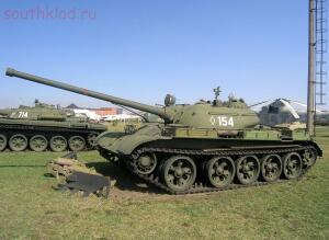Британец нашел в советском T-54 золотые слитки на 2,5 миллиона долларов - 1491761203161993697.jpg