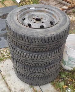 [Продам] Колеса зима - комплект - DSCN1445.JPG