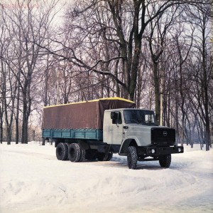 Старый советский автопром - 06-Wq9fbnLVn94.jpg