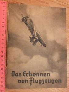 Библиотека лётчика. Немецкий справочник Das Erkennen von Flugzeugen Обнаружение самолётов  - DSCF6136.JPG