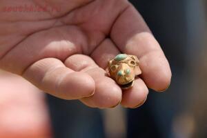 В Астраханской области нашли золотой клад сарматского вождя - 1-mR3vCF-3fhM.jpg