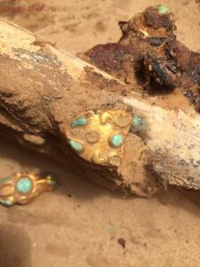 В Астраханской области нашли золотой клад сарматского вождя - 13.jpg