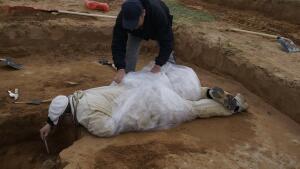 В Астраханской области нашли золотой клад сарматского вождя - 10.jpg