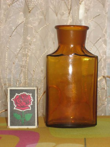 Аптечная посуда коричневого стекла - 8684033.jpg