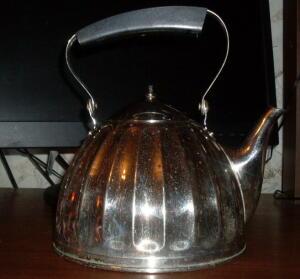 Металическая посуда - 4622425.jpg