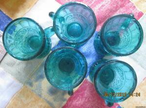 рюмочки имперские? цветное стекло. возможно для вина - 0934961.jpg