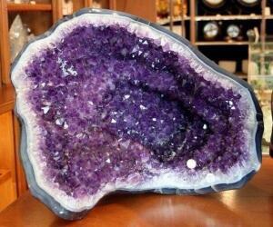 Красивые произведений природы. Камни - Qfa-r6jeG3Y.jpg