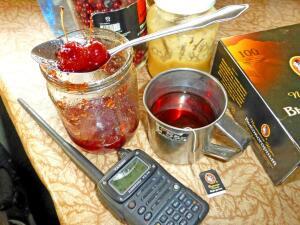 Пьем чай с настроением... - за столом.jpg