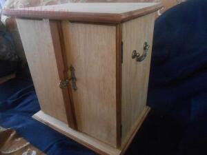 делаю из дерева для оформления и хранения находок - DSCN2874.JPG