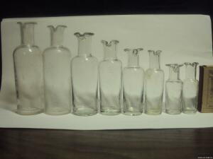 Аптечная посуда белого прозрачного стекла. - 3584442.jpg