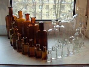 Аптечная посуда коричневого стекла - 7985430.jpg