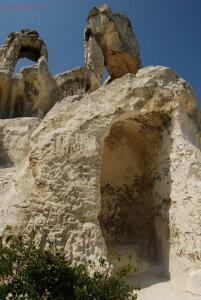 Остатки часовни возле современного монастыря сверху на холме -1. - DSC_0199.jpg