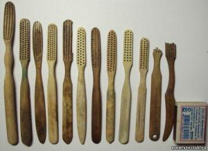 Зубные щётки, расчёски. - 2131999.jpg
