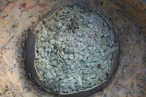 Гюнтер с днём варенья  - монет горшок.jpg