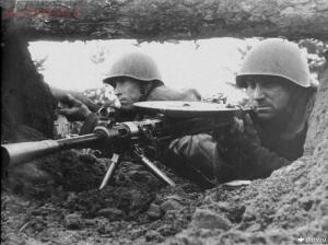 MG 34 vs ДП-27 в пехотном отделении - d18b19053e2fafa03330164b39df1af3.jpg