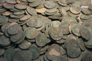 Клад в 600 кг монет - 0-1d74ab-9d16c530-orig.jpg