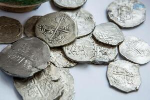 Клад серебряных монет,найден при строительстве дороги на Крым - arh_9.jpg