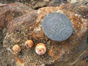 В пустыне Намибии нашли древний галеон набитый золотом - 3509478800000578-0-image-a-13_1465344474544.jpg