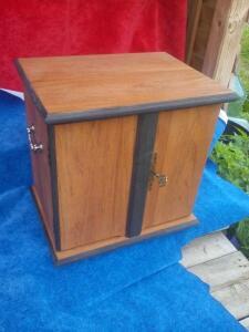 делаю из дерева для оформления и хранения находок - IMG_20100131_164728.jpg