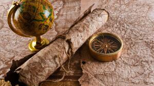 Старинные карты для поиска кладов скачать бесплатно - globe-map-and-compass-x.jpg