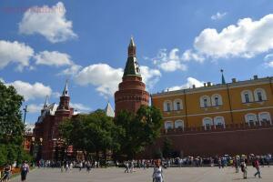 Московские каникулы - NN931r5PzT4.jpg