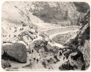 из Владикавказа через главный хребет Кавказских гор - nVsR-CYeOgY.jpg