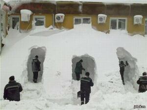 Ахтунг Сегодня катаемся на горке 07.01.16 - снег.jpg