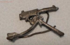 Петлица? в виде пулемета - SAM_1158.jpg